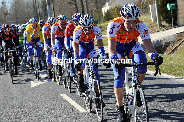 Rabobank give the Gilbert-Veelers escape a one minute lead before hauling them in a bit...