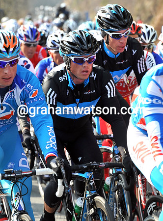 Simon Gerrans is Team SKY's leader here - when will he make a move..?