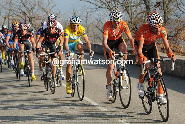 Now it is Euskatel helping Contador - Viva Espana..!