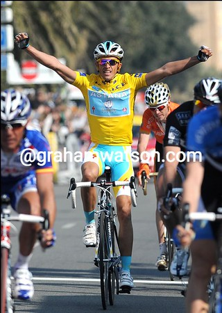 Alberto Conatdor celebrates his overall win in Paris-Nice - he also won in 2007..!