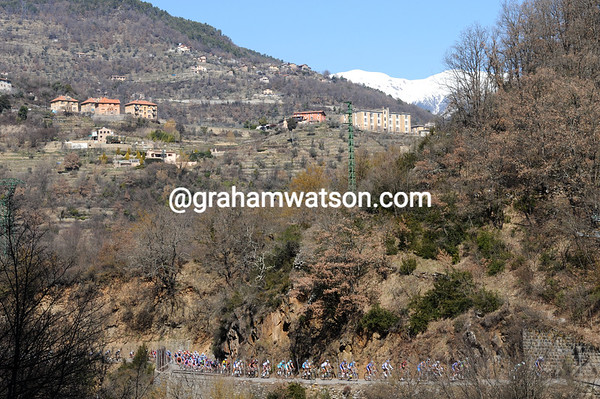Even the Col de la Porte is having little effect on the race - at least the scenery is good..!