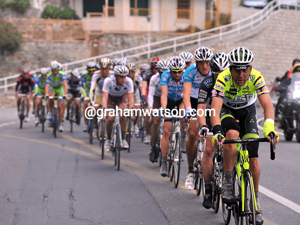 The steep climb and tricky descent of Le Manie has created a general regroupment with about 70-kilometres to go...