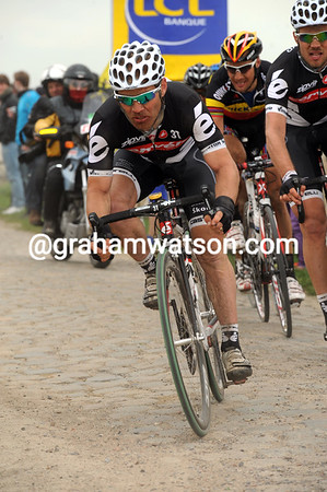 Roger Hammond has moved up to support Hushovd...