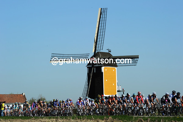 The windmill at Beek - yes, this is the Amstel Gold Race...