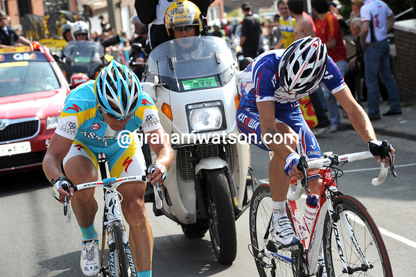 Vinokourov and Kolobnev dig deep into the red zone as they near the summit and sense victory...
