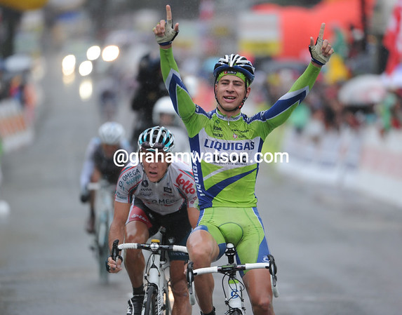 Peter Sagan thinks he has won stage four - in fact he's taken 2nd place..!