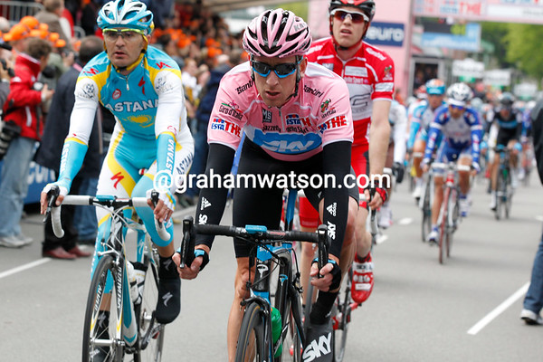 Wiggins has lost 37-seconds after the crash - and lost his Maglia Rosa..