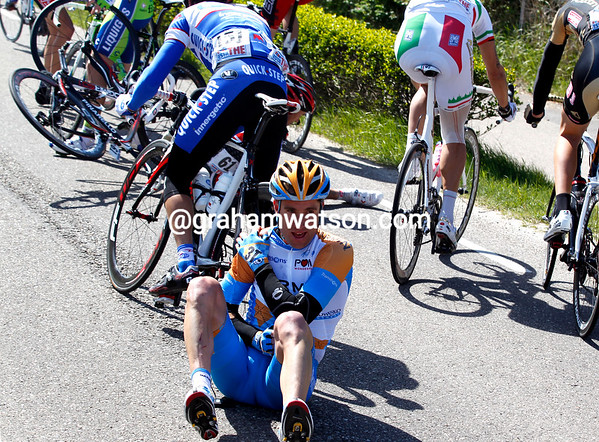 Disaster strikes at the back - Christian Vande Velde has crashed and is out of the race..!