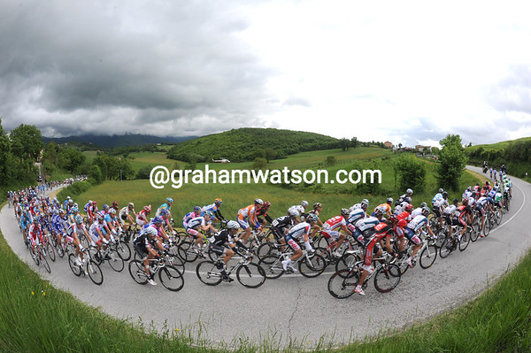 The peloton has regrouped but the pace is still fast as the Terminillo looms...
