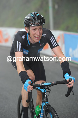 The pace has blown Bradley Wiggins out as well, he too must be tired after yesterday's epic stage..!