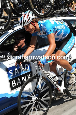 Linus Gerdemann is happy as well today - is he joining Saxo Bank in 2011..?