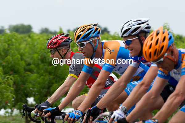 The peloton has sat up as word comes up that several team leaders have been involved. Levi is here...
