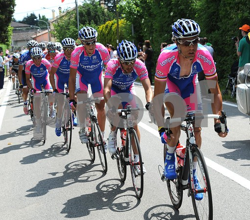Lampre fancy Damiano Cunego's chances today - they are on the front helping reduce the time gap as the climbing starts...