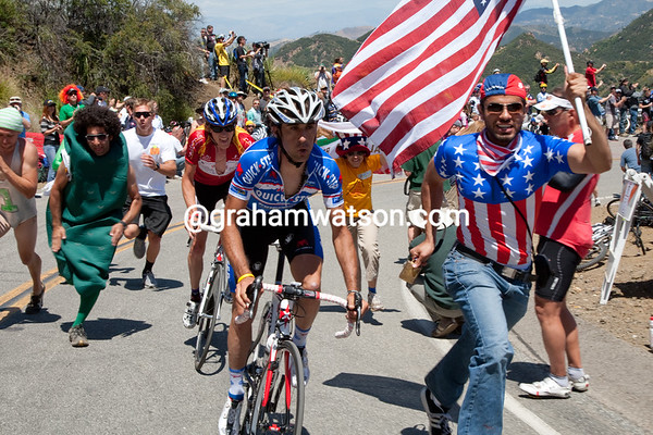 Pujols and Rabou have attacked on the steep part of the climb... the Americans are trying to rival the tifosi it seems...
