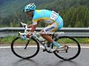 Vinokourov looks as if he is making a great descent, he's within 45-seconds of catching the Basso escape...