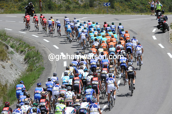 The peloton is under the control of Radio Shack, but there's no urgency to the racing...