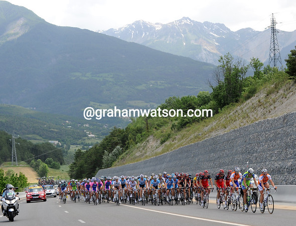 Rabobank and Liquigas has come to the fore with about 40-kilometres to go...