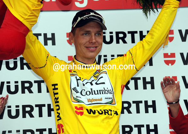 Tony Martin manages to smile on the podium, even after all that fun..!