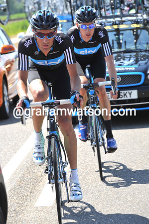 Tour rookie Michael Barry paces Wiggins back to the peloton...