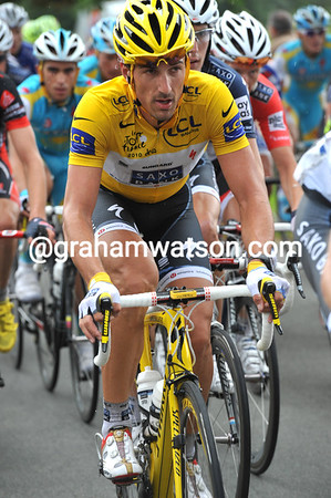Fabian Cancellara has the steely look of a man determined to wear his Yellow Jersey on the cobblestones tomorrow..!
