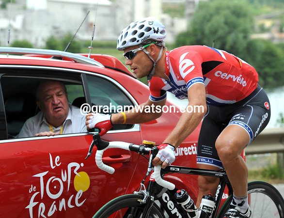 Hushovd speaks better French than McEwen, he's been elected to talk...