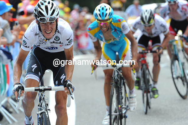 It is Schleck who attacks - and Contador cannot follow him...
