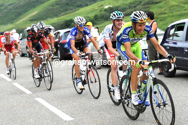 Basso is chasing a bit further back, but no-one's helping him...
