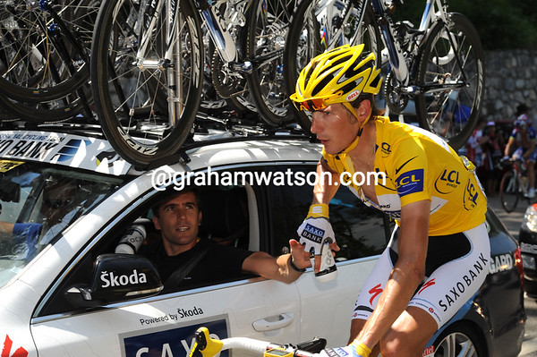 No, Schleck has the discretion to fetch a conventional water bottle from Bradley McGee...