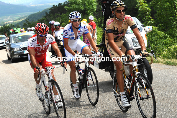 Auge, Geslin and Benitez are on the day's only climb with a slender lead of less than four minutes...
