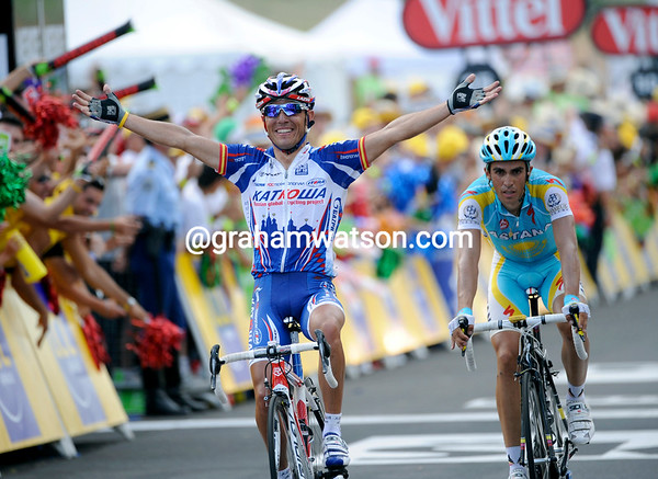 Joachin Rodriguez wins stage 12 ahead of Contador, the defending champion gains 10-seconds over Schleck...