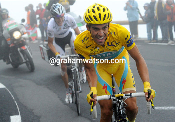Contador makes an attack - for TV, for himself , or just for show..?