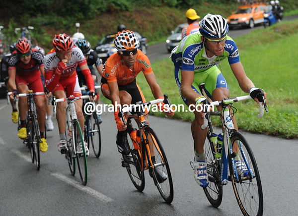 Koren is drawing the escape towards the Col du Soulor with an eight minute advantage over the peloton...