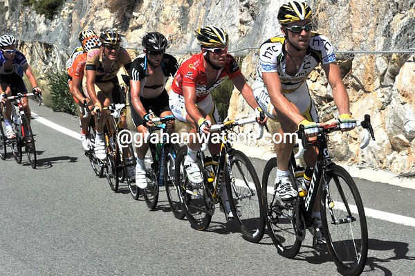 No surprise that Cavendish and Hutarovich have been dropped, but that's Simon Gerrans back with the sprinters..!