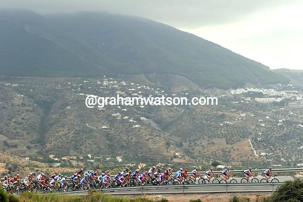Cloud cover means cooler temperatures as the peloton climbs the Alto de Zafarraya...