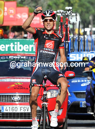 Imanol Erviti has won stage ten - that's two wins in a row for Caisse d'Epargne..!