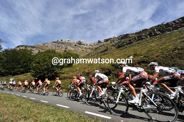 The peloton has stirred on this spectacular mountain - Cervelo and Euskatel lead the chase....
