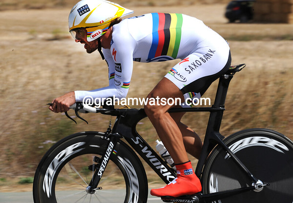 Fabian Cancellara led from the start but eventually took 3rd place at 37-seconds...
