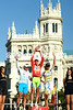 Nibali, Mosquera and Velits pose in the centre of Madrid...