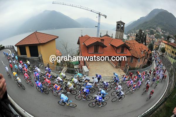 The peloton starts the Intelvi Pass over eight minutes behind...
