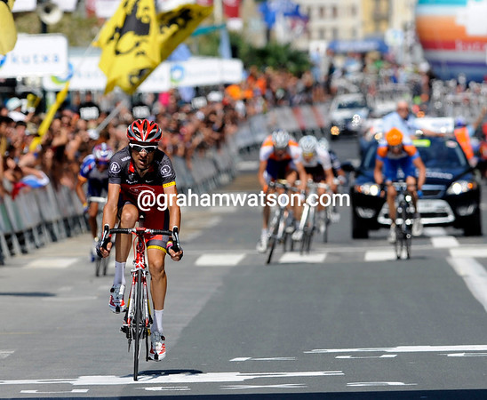 Zubeldia wins fourth place ahead of Rodriguez and Hesjedal who lost over 30-seconds to the leading trio...