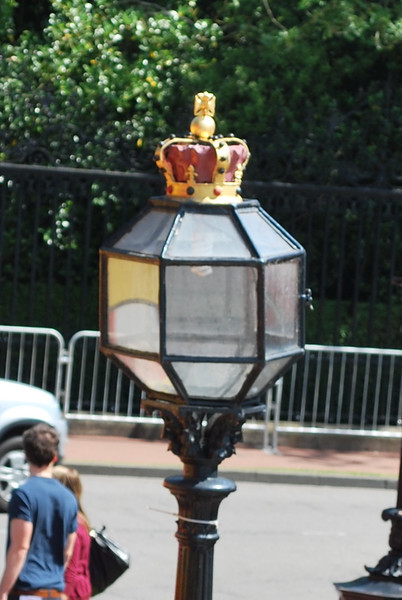 The Crown atop the lampost indicates that you are crossing onto or off of Royal Property.