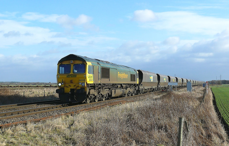 66560 Comes off Hambelton West with 6R10 0945 Immingham H.I.T. - Ferrybridge Power Station loaded coal working.