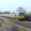 66519 is seen getting into its stride with 20 of the ex fastline freight IIA coal hoppers, These wagons are on hire to Freightliner as coal traffic is at an all time high/