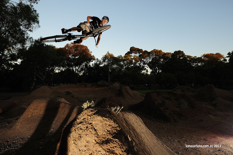 Troy Brosnan. so relaxed. Watch this guy win the World Cup DH this year. I called it!