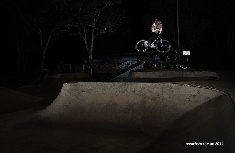 Elliot  the day after he got home from canada, straight into shredding Blackwood. Cool as ya like.