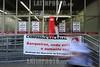 BRASIL (28 .09.2011) GREVE BANCARIOS - SAO JOSE DOS CAMPOS. / Huelga de empleadas de bancos. / Bank strike in Sao Jose dos Campos. / Brasilien : Streik des Bankpersonals in Sao Jose dos Campos. © Lucas Lacaz Ruiz/LATINPHOTO.org