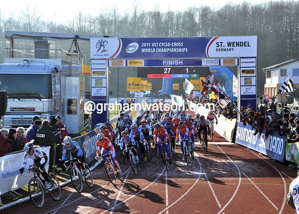 The start of the womens race sees Hanka Kupfernagel leading on the running track...