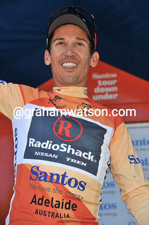Unconcerned by all this, Robbie McEwen enjoys some good times again after becoming race-leader..