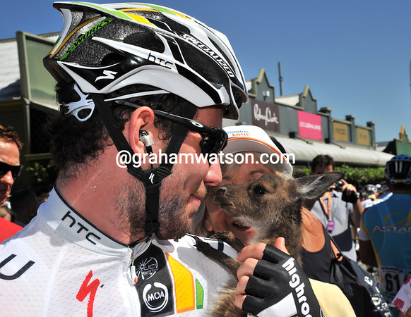 Mark Cavendish looks to have fallen for this young Joey, is he getting soft at such a young age..?