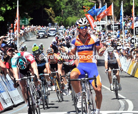 20-year-old Michael Matthews wins stage three into Stirling ahead of Greipel, Goss and Gerrans...